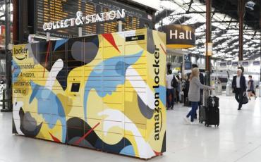Amazon Lockers dans la gare